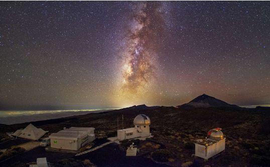 昕诺飞智能互联道路照明系统呵护加那利群岛的星空美景计费器